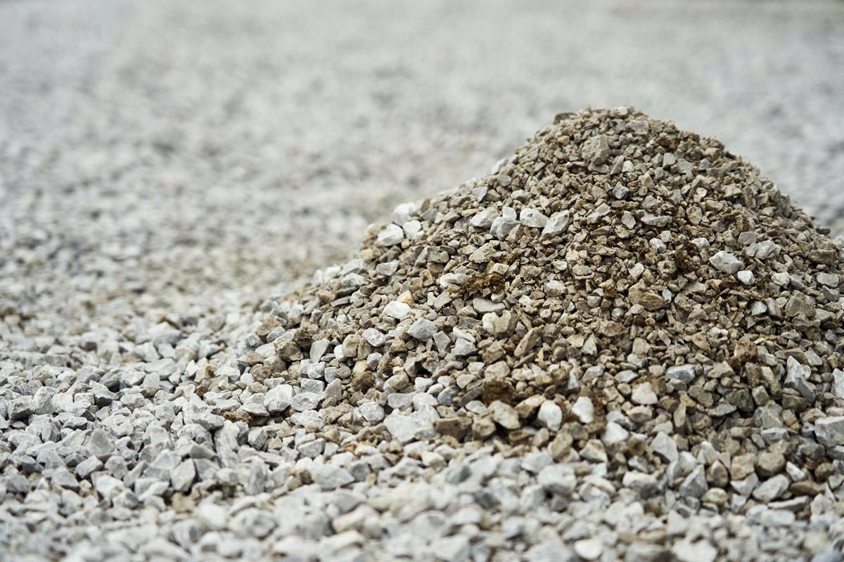 砂・砕石・玉石・セメントなど店頭販売・配達販売中