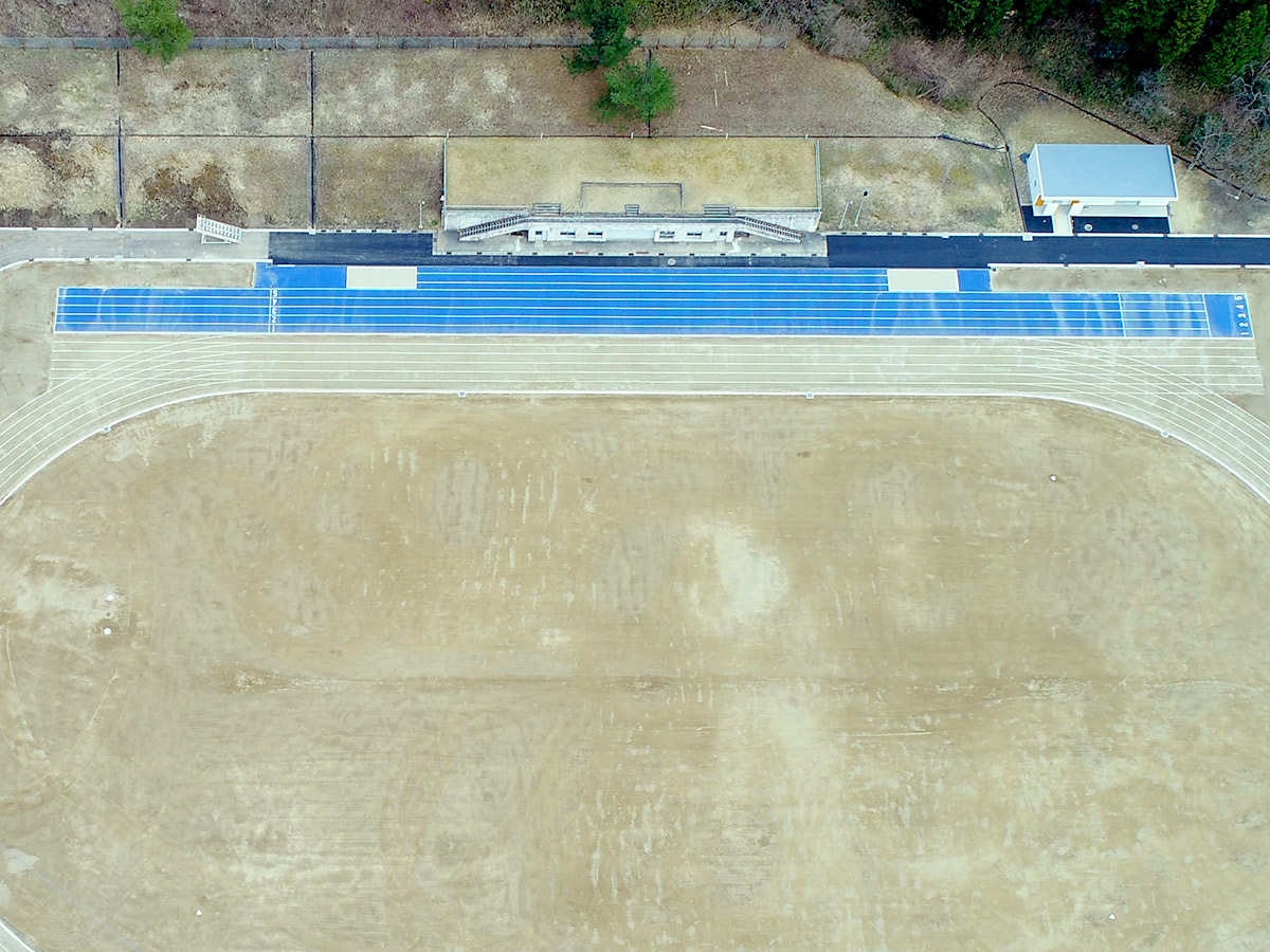 瑞浪市陸上競技場グラウンド改修工事着工後