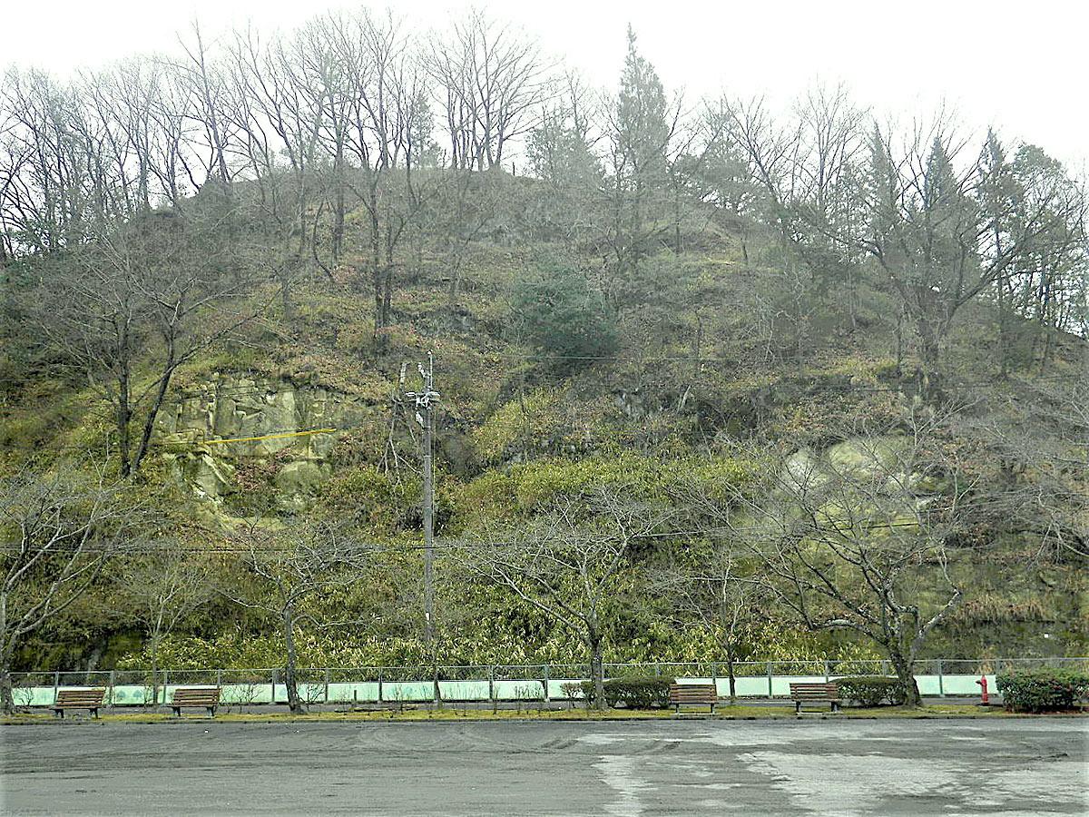 瑞浪市民公園落石防止工事着工前